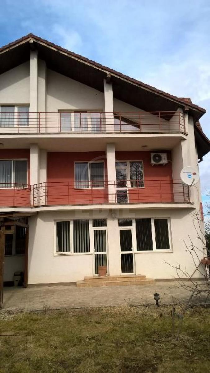 House for sale 8 rooms, CACJ273479-1