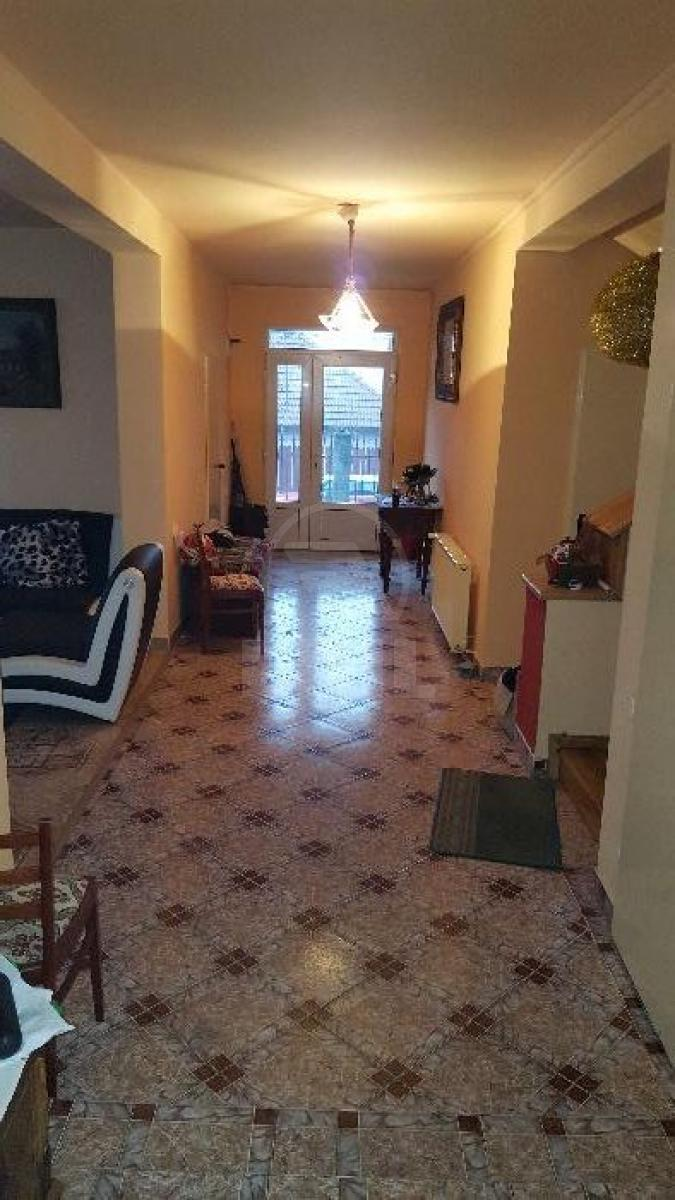 House for sale 8 rooms, CACJ273129-3