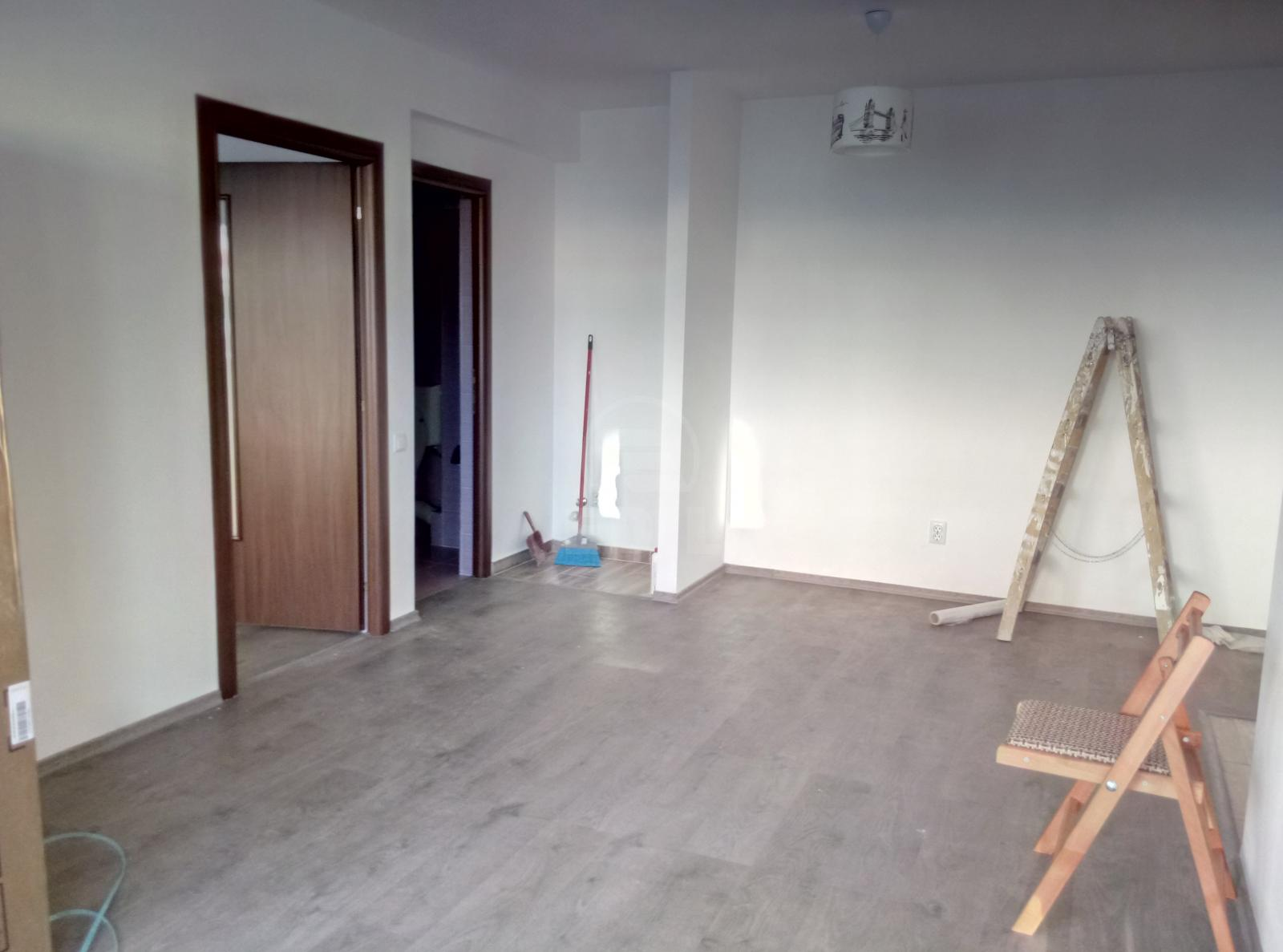 Commercial space for rent, SCCJ230822FLO-4