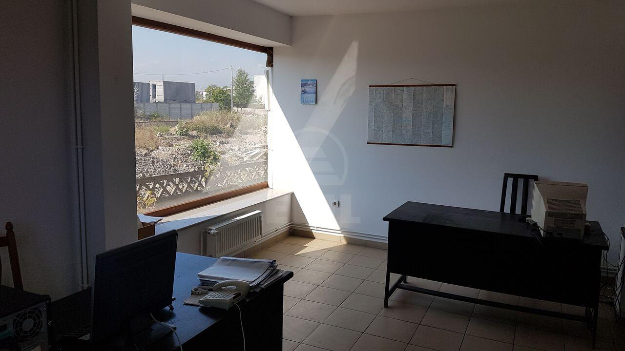 Hall for rent, HACJ279206-4